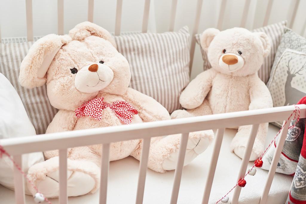 ของเล่นเสริมพัฒนาการเด็กแรกเกิด-1-เดือน ตุ๊กตากล่อมนอน