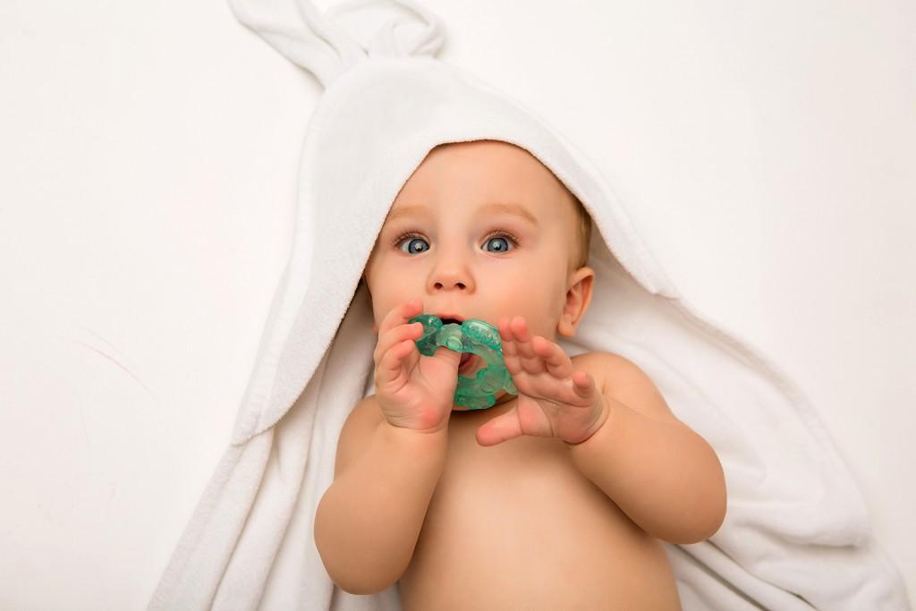 ของเล่นเสริมพัฒนาการเด็กแรกเกิด-5-6-เดือน ยางกัด
